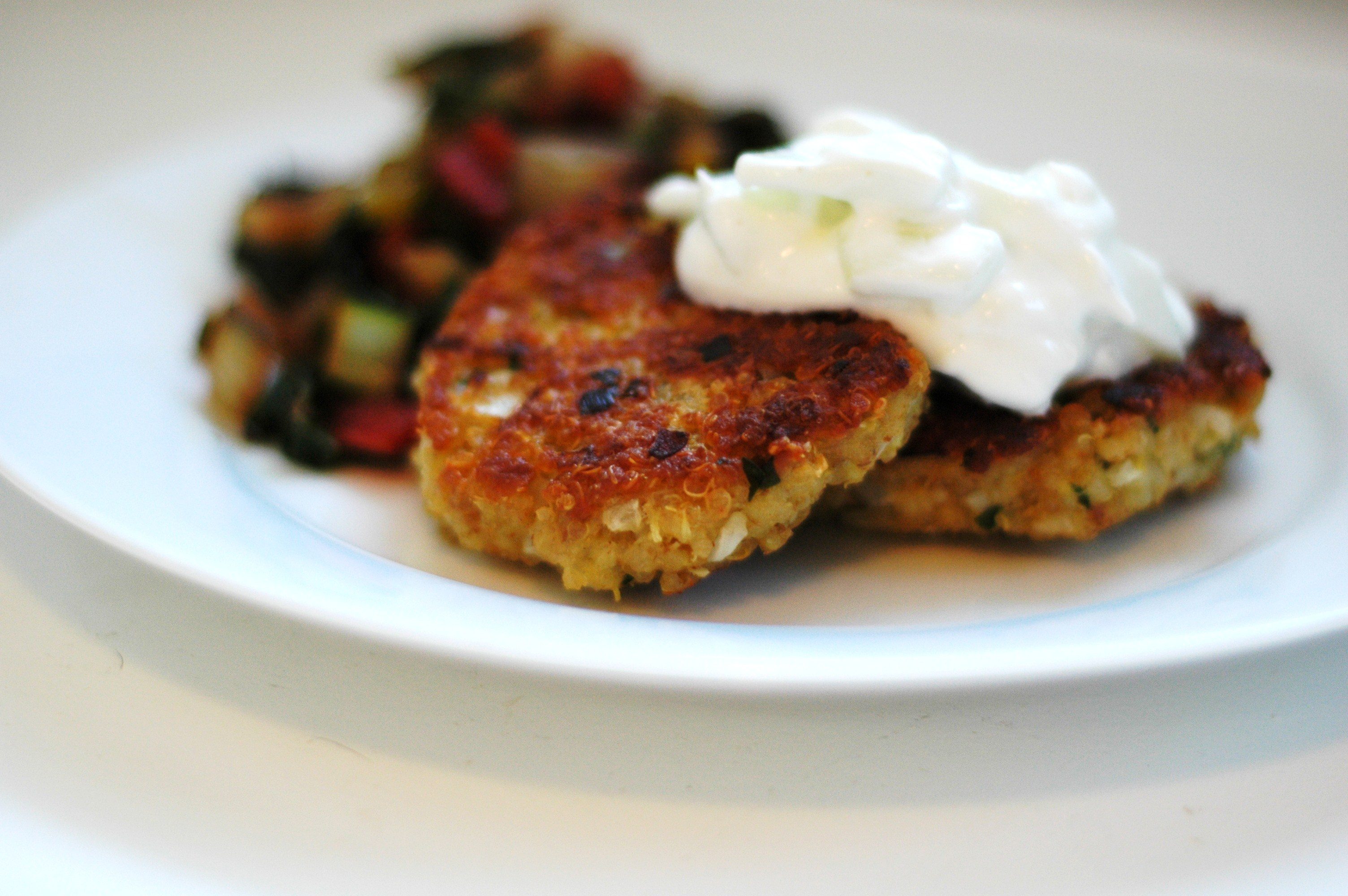 Little Quinoa Patties - but i'm hungry