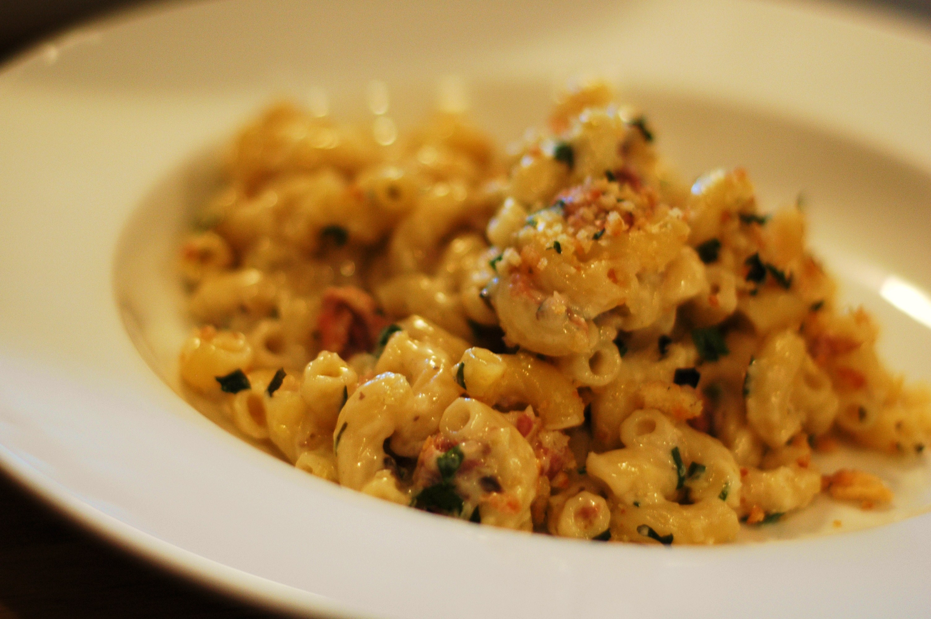 Truffled Macaroni and Cheese with Prosciutto, Leeks, and Mushrooms ...