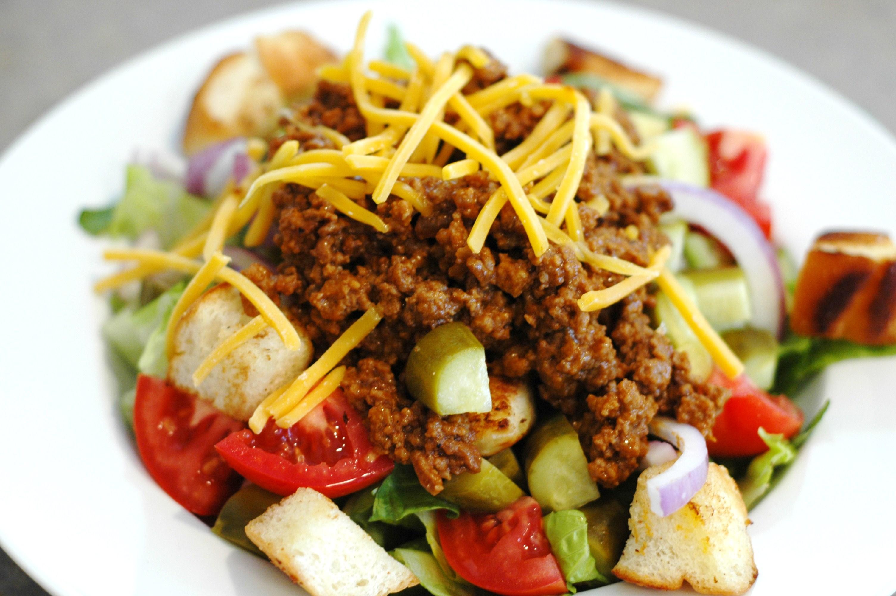 Cheeseburger Salad - but i'm hungry