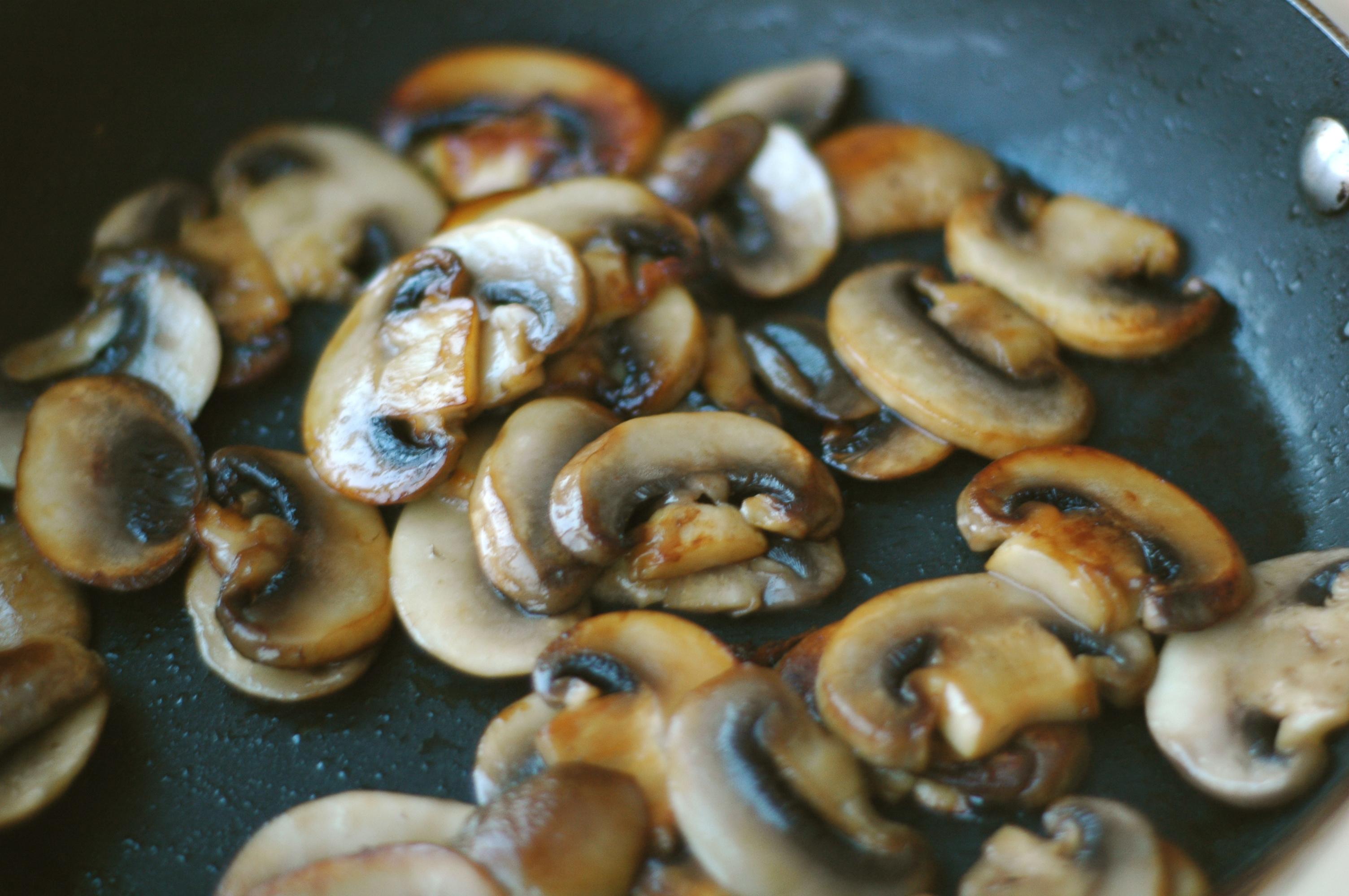 Mushroom, Spinach, and Feta Crustless Quiche